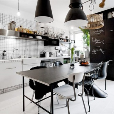 Pomysły na małe mieszkanie - mały tour po inspirującym wnętrzu:)
