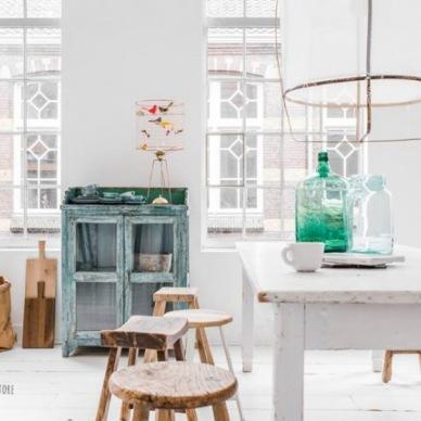 Kuchnie i jadalnie zainspirowane turkusowym kolorem w przedwiosennych zakupach online