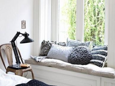 Hit czy kicz: siedziska i ławki przy oknie - bajeczne inspiracje czy nic ciekawego?