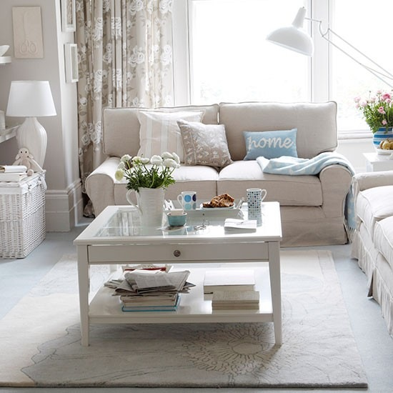 Przytulny jasny salon ikea zdj cie w serwisie lovingit for Table de sejour design