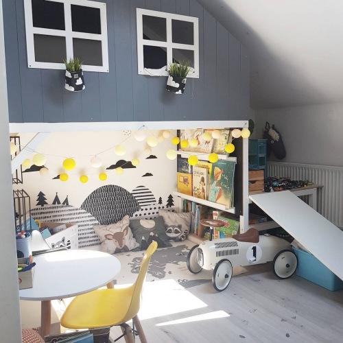Wnętrza tygodnia z instagramu, czyli oryginalny szary pokoik dziecięcy z przytulnym domkiem