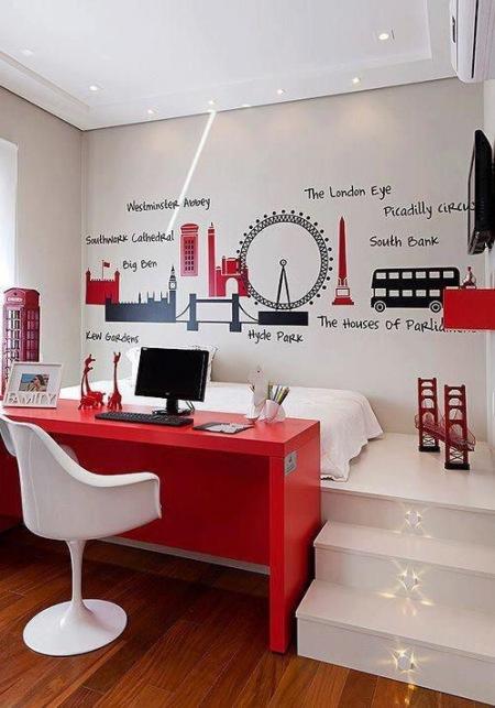 Czerwone Biurko Białe Krzesło Nowoczesnebiałe Zdjęcie W