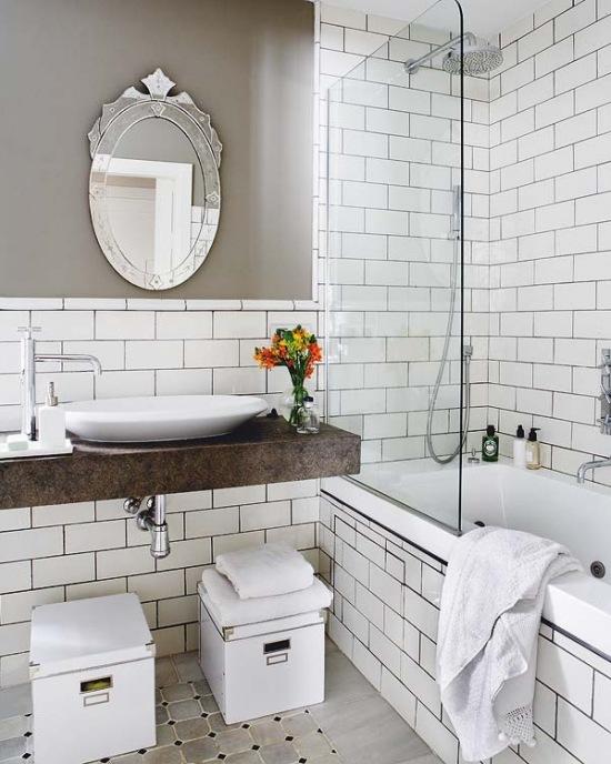 Białe Płytki Cegiełki W łaziencekamienny Zdjęcie W