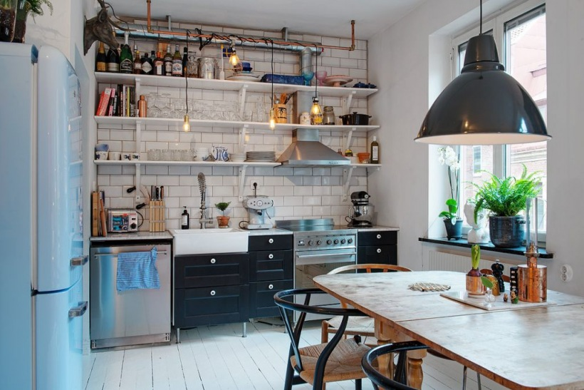 Otwarte Półki W Aranżacji Kuchni Zdjęcie W Serwisie