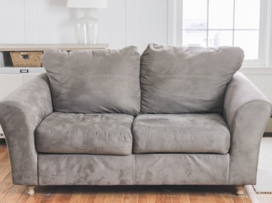 Sofa before (49747)