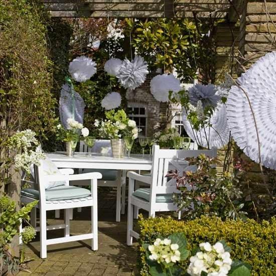 6a43a2069fd18f Aranżacja stołu,białe meble,meble ogrodowe,białe dekoracje stołu,wiejska  stylizacja