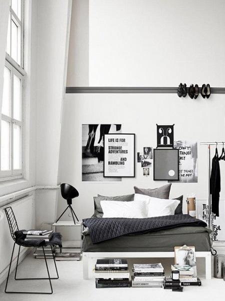 Biała Sypialnia W Skandynawskim Styluaranzacja Zdjęcie W