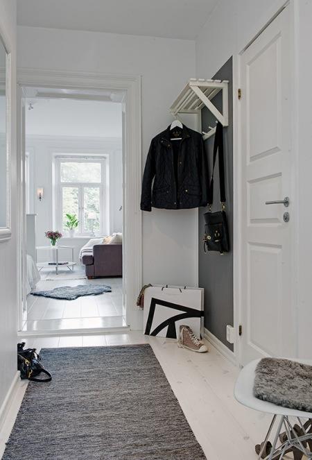 Pomysł Na Biało Szary Wąski Korytarz W Mieszkaniu Zdjęcie