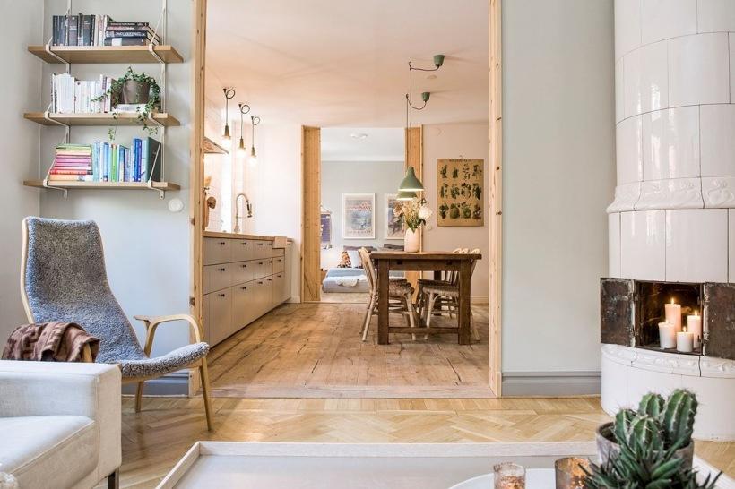 Salon Z Piecem Kaflowym I Duża Kuchnia Z Jadalnią Zdjęcie