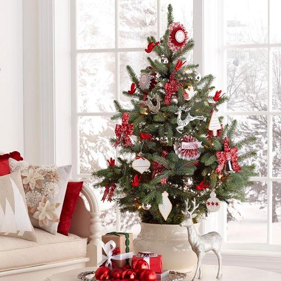 Biało Czerwone Dekoracje świąteczne I Mała Zdjęcie W