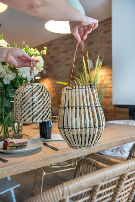 Dekoracyjne Lampiony Z Drewna W Różnych Kształtach Zdjęcie