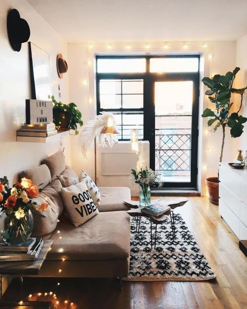 Jak urządzić bardzo małe mieszkanie stylowo, czyli wnętrza tygodnia z instagramu :)