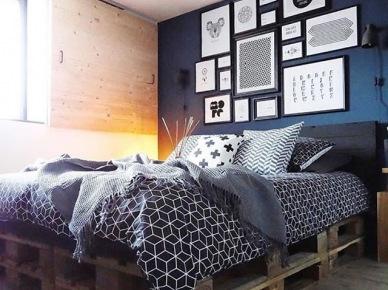 Tag łóżko Z Palety W Sypialni