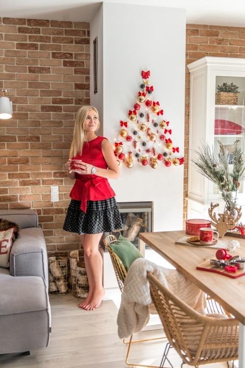 Prosty i oryginalny  trick na dekoracje świąteczną na ścianie z efektem WOW. Idealny do małych mieszkań!