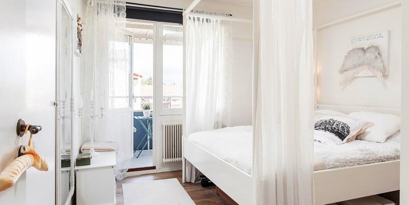 Romantyczna Sypialnia Z Baldachimem Z Woalu Zdjęcie W