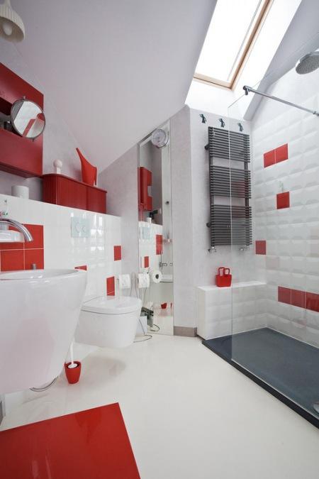 Czerwone Dodatki W łazience Zdjęcie W Serwisie Lovingitpl