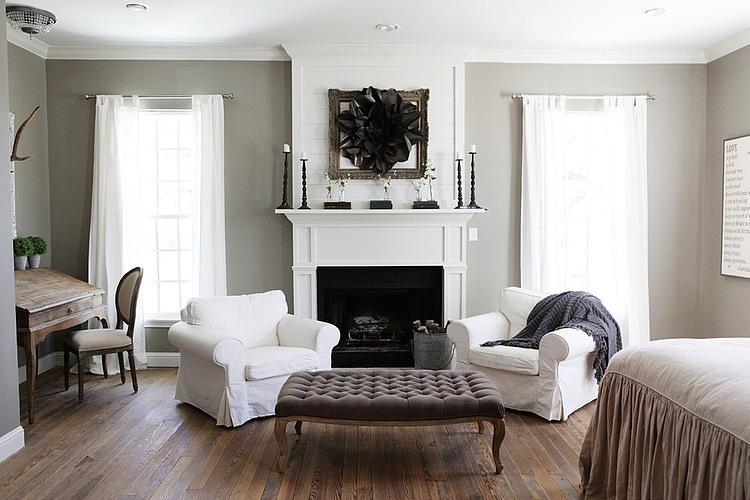 bia o szary salon z kominkiem i meblami we zdj cie w serwisie 23719. Black Bedroom Furniture Sets. Home Design Ideas