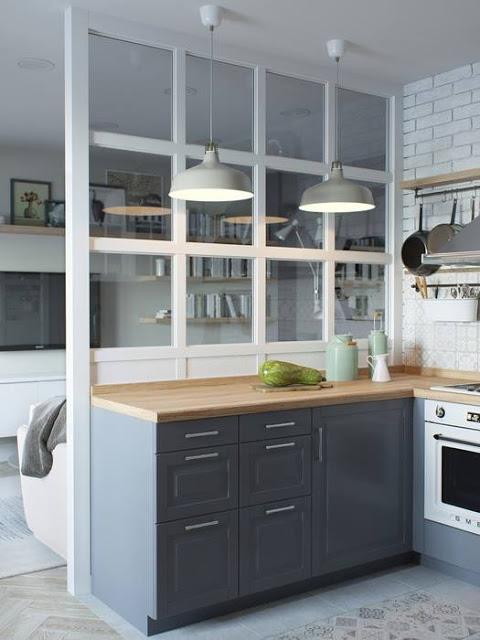 Jak urz dzi jasny salon z p otwart kuchni za for Cocinas semiabiertas