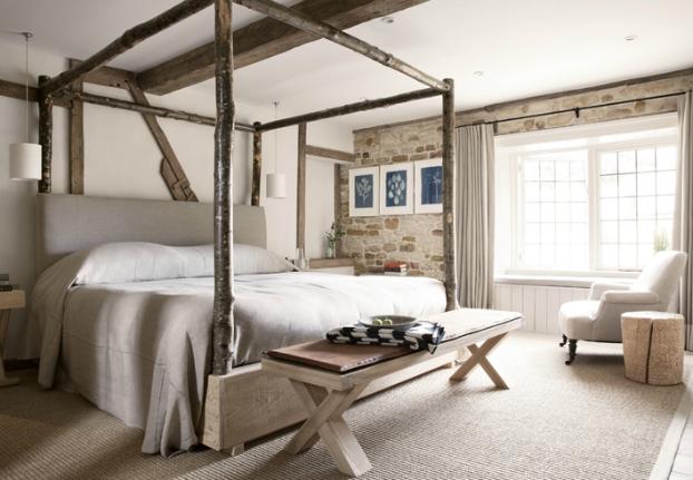 Hotelowa Sypialnia W Kamieniu I Drewnie Zdjęcie W Serwisie