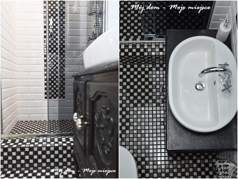 Czarno Biała Mozaika W Aranżacji łazienki Zdjęcie W