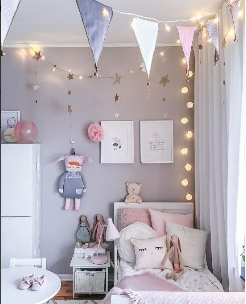 Boy Bedroom Paint Bedroom Canvas Wall Art Girls Bedroom Decor Ideas Modern Kids Bedroom Ceiling Designs: Girlandy Z Proporczyków, Gwiazdek I świetlne