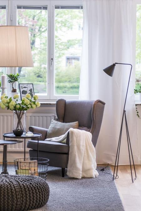 szary fotel uszak szary dywan szara dziergana zdj cie w serwisie 24623. Black Bedroom Furniture Sets. Home Design Ideas
