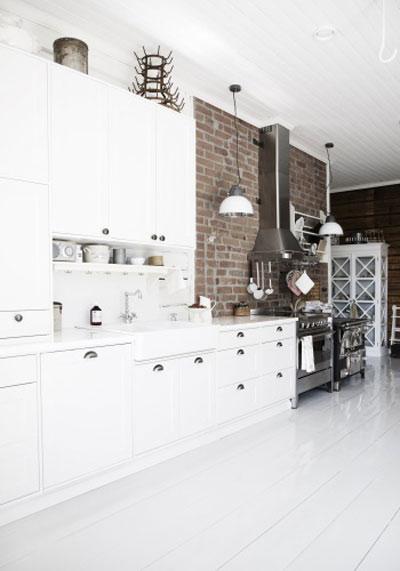 Biała Skandynawska Kuchnia W Stylu Retro Zdjęcie W