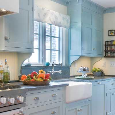 Aran acja b kitnej kuchni zdj cie w serwisie lovingit for Small galley kitchen ideas uk