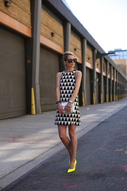 0464dd9640 Sukienka w geometryczne wzory. Trendy 2013 - zdjęcie w serwisie ...