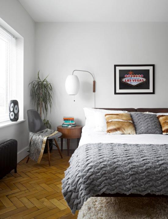 Nowoczesna sypialnia z szarymi i futrzanymi - zdjęcie w serwisie Lovingit.pl (20913)