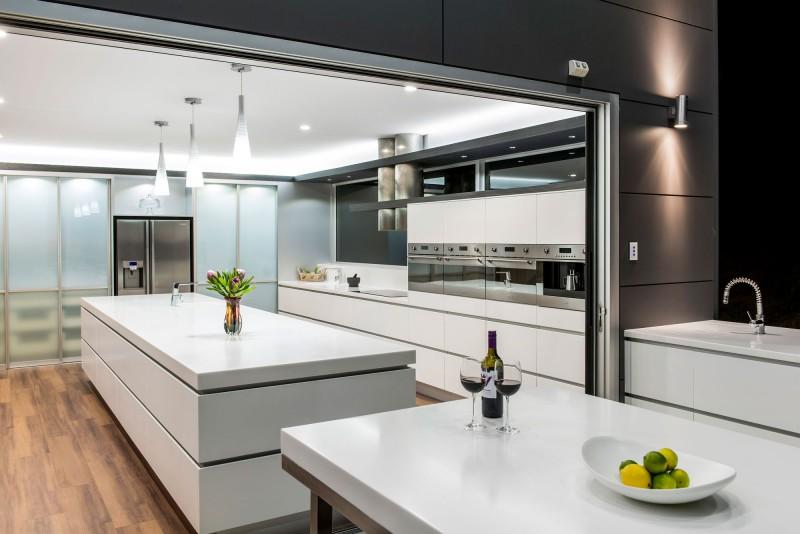 nowoczesna du a kuchnia zdj cie w serwisie 15236. Black Bedroom Furniture Sets. Home Design Ideas