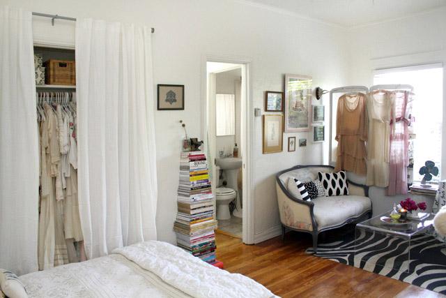 Jak Urządzić Sypialnię Salon I Biuro W Jednym Zdjęcie W