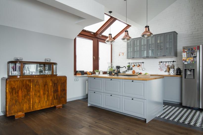 Kuchnia z wyspą na poddaszu  zdjęcie w serwisie Lovingit pl (48852) -> Kuchnia Na Poddaszu Aranżacja Wnetrza