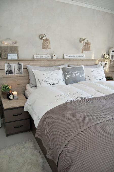 Szaro bia a sypialnia z detalami z naturalnego zdj cie w for Du bout du monde decoration