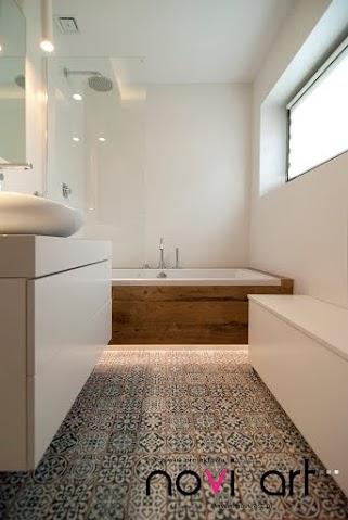 Wzorzysta Podłoga W łazience Zdjęcie W Serwisie Lovingit