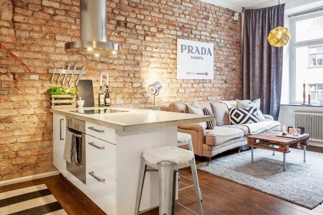 Kuchnia Otwarta Z Salonem Ze ścianą Z Czerwonej Zdjęcie W Serwisie