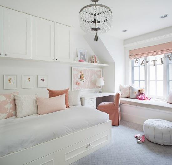 Bedroom Teenage Small Girls Room Purple Large Size: Białe łóżko Z Szafkami Na ścianie,małe Biurk